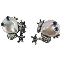 Jona Pearl Sapphire Diamond Gold Frog Earrings (311.680 RUB) ❤ liked on Polyvore featuring jewelry, earrings, blue, pearl earrings, yellow gold diamond earrings, gold clip on earrings, sapphire earrings and blue diamond earrings