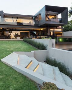 Imposing concrete, glass and steel residence in South Africa is part of Interior architecture design - This sumptuous modern residence was designed by Nico Van Der Meulen Architects, located in Johannesburg, Bedfordview, South Africa Contemporary Architecture, Amazing Architecture, Interior Architecture, Contemporary Interior, Landscape Architecture, Contemporary Stairs, Sustainable Architecture, Residential Architecture, Pavilion Architecture