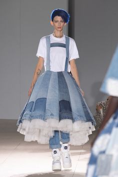 8ec8c46e 7 inspiring TOPSHOP images | Modeling, Couture, Woman fashion