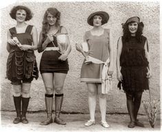 Four prize winners in the 1922 beauty show at Washington Bathing Beach