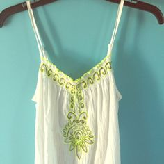 Old navy tank top!! New with tags!! New with tags, old navy tank, very cute, size xs Old Navy Tops Tank Tops