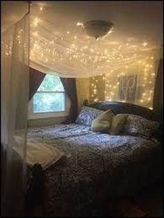 New bedroom boho decor diy dorm room ideas Bed Canopy With Lights, Bed Lights, String Lights, Bed Canopies, Curtain Lights, Room Lights, Xmas Lights, Hanging Lights, Diy Canopy