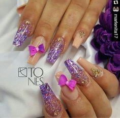 Nudes and glitter Acrylic Gel, Acrylic Colors, Gel Designs, Nail Art Designs, Nail Design, Grow Long Nails, Usa Nails, Snail Art, Bling Nails