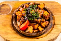Оджахури - пошаговый рецепт с фото (свинина или телятина, картофель, лук, чеснок, помидоры, зелень)