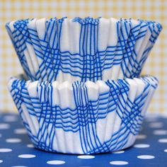 Blue Picnic Plaid Baking Cups  www.LayerCakeShop.com   #cupcake #liner #aldi #muffin #greaseproof #stripe