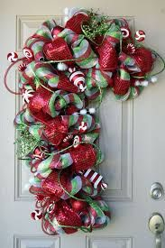 Resultado de imagen para candy cane wreath