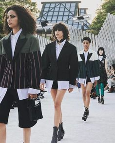Meanwhile @louisvuitton goes to Japan for resort 2018. In a valley near Kyoto at the Miho Museum Nicolas Ghesquière presented his blend of Japanese elements with signature original thinking drawing on all that inspires him from the country in a rich mix. #lvcruise  via VOGUE AUSTRALIA MAGAZINE OFFICIAL INSTAGRAM - Fashion Campaigns  Haute Couture  Advertising  Editorial Photography  Magazine Cover Designs  Supermodels  Runway Models