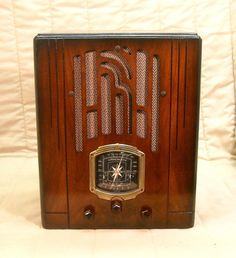 Old Antique Wood Knight Vintage Tube Radio - Restored Working Art Deco Tombstone