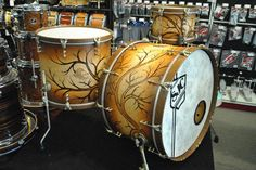 One of the coolest SJC kits I think I've seen! Music X, Drum Music, Drums Art, Kandi Cuff, How To Play Drums, Drummer Boy, Drum Kits, Pictures Of People, Sheet Music