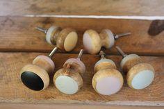Möbelgriffe - Möbelknauf Holz Pastell - ein Designerstück von Minikinder bei DaWanda