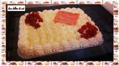 Tiramisu aux fruits rouges , déco en chantilly , pâte d'amandes et fruits ...
