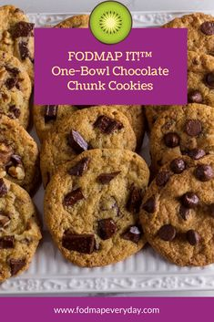 Low FODMAP One-Bowl Chocolate Chunk Cookies One bowl (and a spoon) to chocolate nirvana! These Low F Fodmap Dessert Recipe, Fodmap Recipes, Gluten Free Recipes, Fodmap Foods, Fodmap Baking, Snack Recipes, Dessert Recipes, Potato Recipes, Diet Recipes
