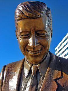 John F. Kennedy Statue by Lufitoom, via Flickr