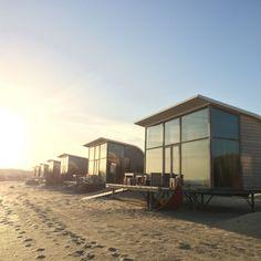 Strandslaaphuisjes Zeeland // http://www.strandcampinggroede.nl
