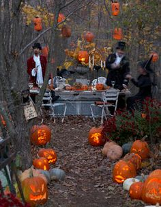 Outdoor Halloween party! I really want to do this when we get our house!