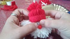 merry Christmas, Babbo natale da appendere da realizzare con i bambini // Наталья Карпачева Dyi Decorations, Christmas Decorations, Xmas Ornaments, Christmas Baubles, Christmas Gnome, Christmas Crafts, Merry Christmas, Diy And Crafts, Crafts For Kids