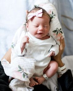 Ideas For Baby Accessories Girl Newborn Photos Newborn Pictures, Baby Pictures, Baby Photos, Little Babies, Little Ones, Boy Babies, Babies Nursery, Foto Magazine, Photo Bb