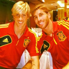 My two fave Spanish players, Fernando Torres and Sergio Ramos... go Furia Roja!!!