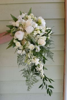 Beautiful bouquet, cascading in spring flowers including peony, ranunculus, lila. Bouquet En Cascade, Cascading Wedding Bouquets, Tulip Bouquet, Peonies Bouquet, Bride Bouquets, Bridal Flowers, Flower Bouquet Wedding, Floral Wedding, Green Wedding