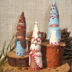 Winter Berry Gnome Ornament Waldorf Inspired von paintingpixie