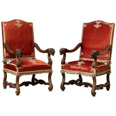 Seven Useful Shade Tolerant Groundcovers For Tough Spots Pair Of French Louis Xiii Os De Mouton Throne Armchairs With Colorful Chairs, Red Chairs, Rococo Chair, Throne Chair, House In The Woods, Armchairs, Sofas, Antique Furniture, French Antiques