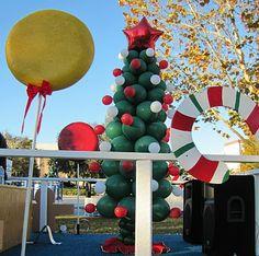 christmas parade float ideas party people celebration company special event decor custom balloon - How To Decorate A Christmas Parade Float