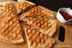 Pani Smaczna – Quesadilla z kurkami i kurczakiem Waffles, Grilling, Breakfast, Food, Boards, Morning Coffee, Meal, Crickets, Essen