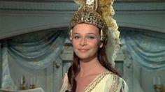 Décès de l'actrice Laura Antonelli, mythe de la comédie italienne http://www.leparisien.fr/cinema/actualite-cinema/deces-en-italie-de-l-actrice-laura-antonelli-22-06-2015-4882885.php… v/ @tfsalomon @DavidAbiker