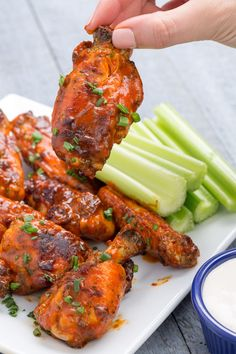 We advise you to make these slow cooking wings for every single football game – Delicious Foods For Game Day Easy Chicken Wing Recipes, Chicken Wing Sauces, Thai Chicken, Ranch Chicken, Chicken Wings Slow Cooker, Chicken Dips, Buffalo Chicken, Ranch Wings Recipe, Bruchetta