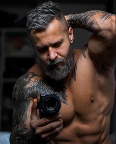 View the most effective mens hairstyles from Charlemagne Premium male grooming and beard styling. We love the attractive seems to be utilizing pomades, clay, matte paste and the best messy seems Great Beards, Awesome Beards, Beard Styles For Men, Hair And Beard Styles, Hairy Men, Bearded Men, Bart Styles, Older Mens Fashion, Hipster Hairstyles