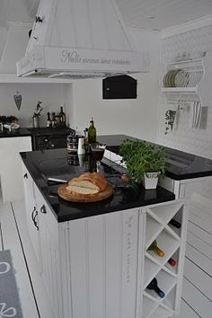Here is a collection of the best kitchen island designs in a modern style that can make you comfortable while cooking in the kitchen. Kitchen Organization, Kitchen Storage, Open Concept Kitchen, Küchen Design, Living Room Kitchen, Home Look, Kitchen Interior, Cool Kitchens, Sweet Home