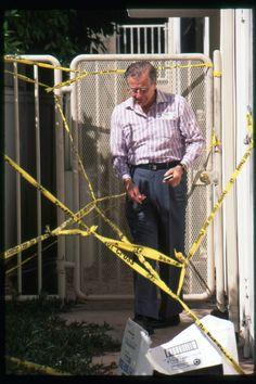 Nicole Brown Simpson's father at her condo on June Ronald Goldman, Oj Simpson, Fall From Grace, Serial Killers, True Crime, Crime Scenes, Father, History, American