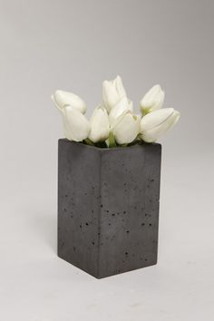 POPconcrete Vase with White Flowers. Raw and beautiful