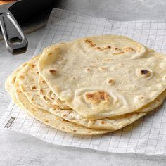 I usually have to double this flour tortilla recipe because we go through them so quickly. The homemade tortillas are so tender and chewy, you'll never use store-bought again after learning how to … Mexican Dishes, Mexican Food Recipes, New Recipes, Bread Recipes, Cooking Recipes, Favorite Recipes, Holiday Recipes, Healthy Cooking, Cooking Tips