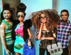 Made To Move Barbie, Cute Christmas Outfits, Cute Mixed Babies, Barbie Family, Barbie Barbie, Beautiful Barbie Dolls, Ken Doll, Black Barbie, Barbie Collection