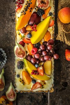 Food Inspiration – Aussie Summer Ice Cream Tart For Australia Day Food Rings Ideas & Inspirations 2017 - DISCOVER Aussie Summer Ice Cream Tart Discovred by : Mimicie Summer Ice Cream, Fruit Ice Cream, Masterchef, Sweet Tarts, Snacks, Frozen Desserts, Food Inspiration, Nutella, Sweet Recipes