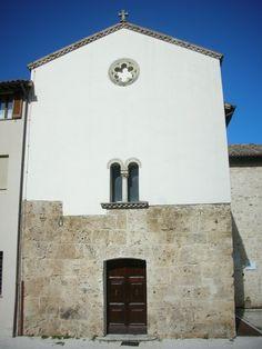 Chiesa di Pieve Fanonica a Valtopina (PG).