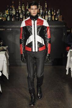 Moschino Fall 2013 Menswear Fashion Show