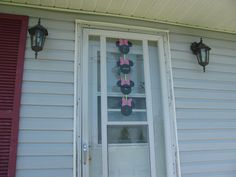 Minnie Mouse Party sign on the front Door