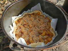 how to bake a pie in a dutch oven off grid
