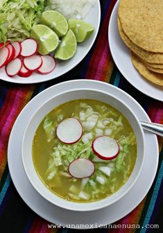 Mexican Cooking, Mexican Food Recipes, Ethnic Recipes, Vegan Foods, Vegan Recipes, Cooking Recipes, Healthy Foods, Pozole Verde Recipe, Holiday Recipes