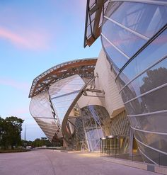 The Gasoline Station — Fondation Louis Vuitton by Gehry Partners Futuristic Architecture, Sustainable Architecture, Amazing Architecture, Contemporary Architecture, Architecture Details, Paris Architecture, Pavilion Architecture, School Architecture, Future Buildings
