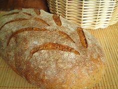 Как вы уже поняли,зерновые хлеба у меня в любимчиках :) Наивкуснейший хлеб,как впрочем все хлеба от этого знаменитого пекаря! Буду немногословна сегодня - мягкий,ароматный пшеничный хлеб, зернышки приятно похрустывают на зубах,корочка ммммм,какая же вкусная у него корочка,ну и для…