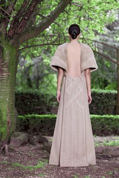 givenchy couture 2012 back view