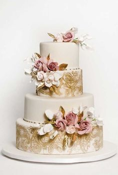 2019 wedding cake trends wedding cakes vintage 00004 … – About Wedding Dresses Floral Wedding Cakes, Wedding Cake Rustic, Elegant Wedding Cakes, Beautiful Wedding Cakes, Wedding Cake Designs, Wedding Cake Toppers, Beautiful Cakes, Vintage Wedding Cakes, Wedding Cake Gold