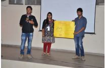 Product Presentation by the Participants at Rare Snuiters