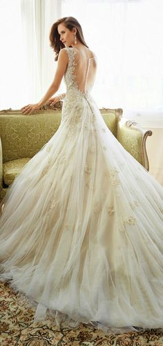vintage sleeveless illusion backless long wedding dresses