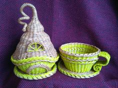 Фотография Newspaper Crafts, Art N Craft, Paper Basket, Diy And Crafts, Projects To Try, Weaving, Pillows, Baskets, Tea