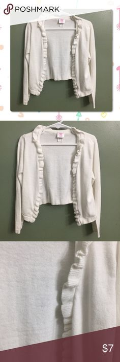 "🎈B2G1🎈EUC Little Miss Attitude Open Cardigan EUC Little Miss Attitude White Open Cardigan with ruffles accent, S (4/5)🎈This item is eligible for the ""Buy 2 Get 1 Free"" promotion in my closet with a minimum purchase of $15. Free items are to be of equal or lesser in value than the other items. Little Miss Attitude Shirts & Tops"