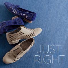 Shoe laydown. Shoe arrangement.